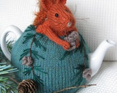 Red Squirrel Tea Cosy Knitting Pattern