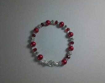 Red Pearl & Swarovski Crystal Bracelet