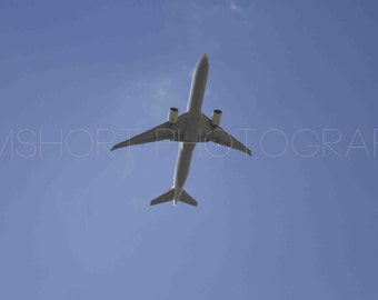 Plane Flying Through the Sky - Digital Download - Photography by GemShort Photography