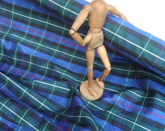 Doupion silk woven tartan