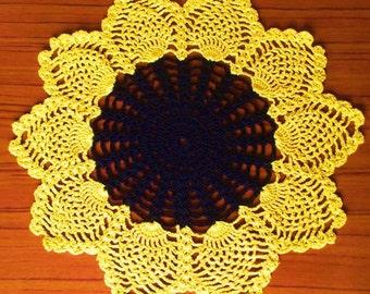 Crochet doily - Sunflower - Home decor - Yellow crochet doilies-Black crochet doily-Openwork crochet doily -Handmade-tablecloth