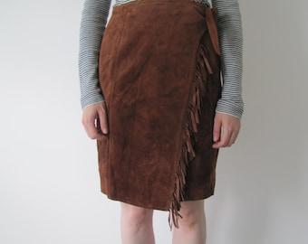 Vintage 1970s Ladies Tan Suede Fringe Tie Skirt