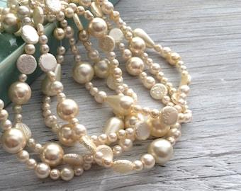 Czech glass beads, bead strand white vanilla pearl full 16 inch strand 30 beads (B17)