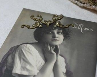 20 antiqued brass finding art nouveau style