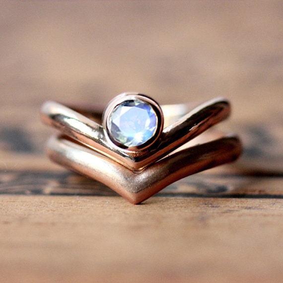 rainbow moonstone engagement ring set rose gold engagement