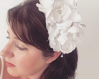 Floral Wedding Fascinator, Wedding Statement Hair Accessory, Bridal Fascinator, Flower Crown, Floral Fascinator, Wedding Fascinator