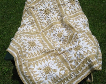 Tan and Ivory Celtic Square Afghan