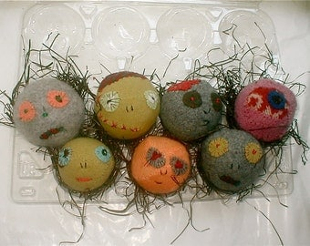 ZOMBIE DRYER BALLS - Set of 3 - Woolen Dryer Balls - Completely Hand Made by ReFittables - Ecologic Alternative to Dryer Sheets