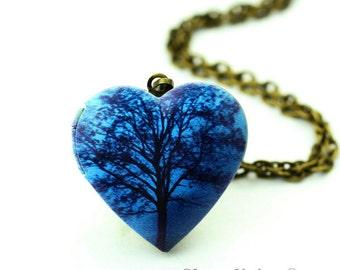 1pcs Tree Heart Locket Necklace, Blue Heart Locket Charm Pendant, Antique Bronze Brass Locket - HLK908N