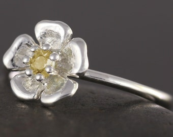 SALE - 50% off original price - Citrine flower ring in sterling silver - 5 3/4