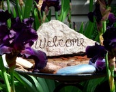 McKenzie River Oregon Stone Welcome Hand Carved Painted Container Garden Focal Home Decor Art541