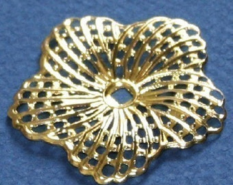 12 pcs of Gold plated Brass hibiscus flower filigree focal 34mm