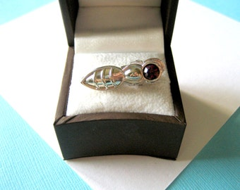 JUDITH LEIBER Amethyst Insect Tie Clip