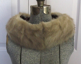Mink Fur Collar . Vintage Blond Mink Fur Collar . Mink Collar . mink turtleneck