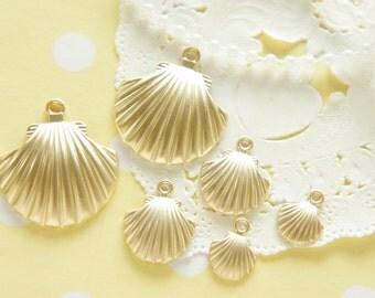 6 pcs Matte Gold Seashell Charm (10mm-30mm) AZ147