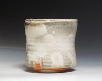 porcelain white shino cloud fire view yunomi