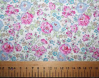 "Liberty Tana Lawn ""FELICITE"" pink/blue 30 x 30cm (12 x 12"")"