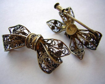 Pair of Vintage 1920's Spun Silver Bow Brooch Pins 900 Sterling with Gold Wash Friendship or Scatter Pin Set