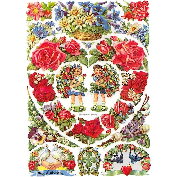 Germany Paper Scraps Lithographed Die Cut Roses Valentine Bouquets  7023