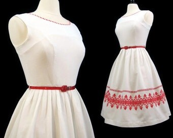Vintage 50s Dress Embroidered White Pique Cotton Day Summer M