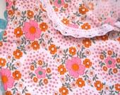 Vintage 1970s Night Dress/Nightie/Robe