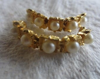 Vintage Button - 2 matching beautiful pearl embellished, gold finish metal, unique design (lot july 558)