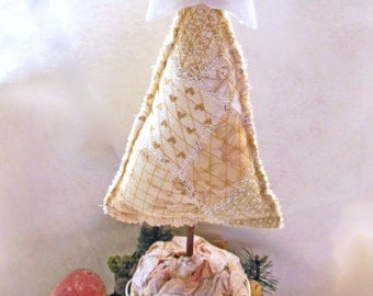 Quilted Christmas, Tree Centerpiece, Ornament, Pincushion, Quiltsy Handmade