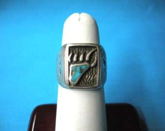 """FREE SHIP mens size 7 sterling ring  Bear track overlay w/ inlaid Morenci turquoise, unsigned, 5/8"""" tall - BearlyArtDesigns store"""