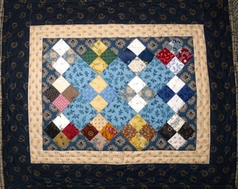 Small Quilt, Wall Hanging, Table Topper, Doll Quilt