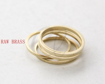40 Pieces Raw Brass Flat CLOSED Ring - Link - Loop 18x1mm (3023C-W-42)