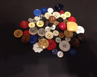 vintage buttons...assortment buttons...mother of pearl buttons...old buttons...button collections...buttons...antique buttons