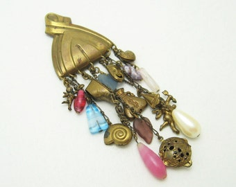 Vintage Charm Brooch Pin Costume Jewelry P3425