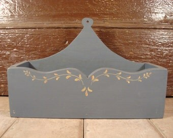 Solid wood vintage country blue tole painted wall pocket/organizer