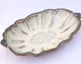 Oval Scallop Bowl in Chowder / White - Ceramic Stoneware Pottery