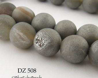 10mm Grey Druzy Agate Geode Beads, Matte Grey (DZ 508) 18 pcs BlueEchoBeads
