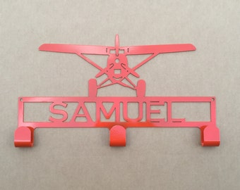 Hat / Coat Rack with Prop Plane and Personalized Text Field  3 Hooks (L 25)