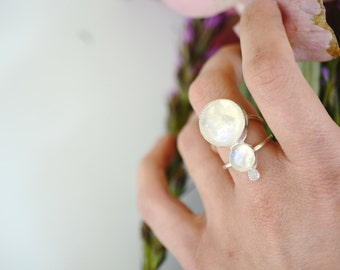 Moonstone ring, three stone ring, sterling silver, statement ring // LUNA LUX RING