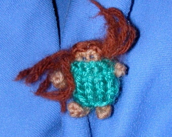 WILD CHILD Doll Pin with Auburn Hair and Blue Green Dress and Eyes