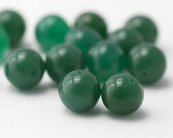 Vintage Deep Jade Green Glass Round Beads Japan 10mm (12)