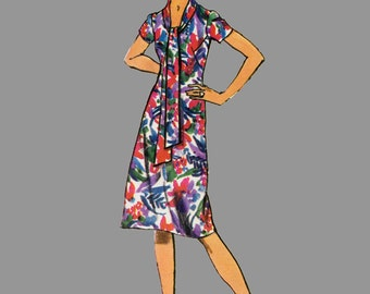 1970s Dress Tunic and Straight leg pants Sewing Pattern Simplicity 9262 Designer Fashion Low front neckline Long tie collar Bust 38 Size 16
