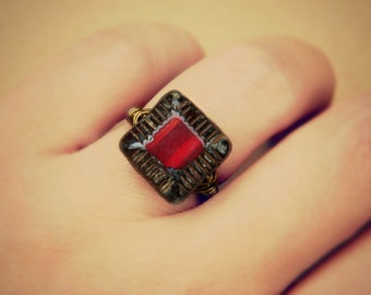 Dark Red Ring, Jewelry Rings, Cocktail Rings, Czech Ring, Scarlet Red, Hot, Oxblood, Garnet, Burgundy, Sexy Red, Red Fashion, Made to Order