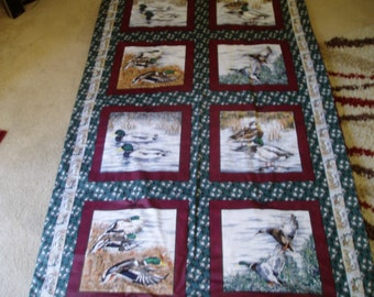 Beautiful Duck Throw/Cuddle Quilt/Blanket