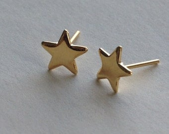Tiny star stud earrings, vintage gold plated star studs