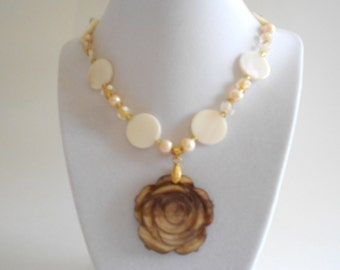 White Necklace White Shell Beads Brown Shell Pendant Shell Necklace Shell Beads Necklace Fresh Water Pearls Flower Pendant