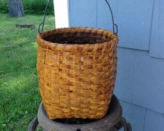 Pioneer Gathering Basket