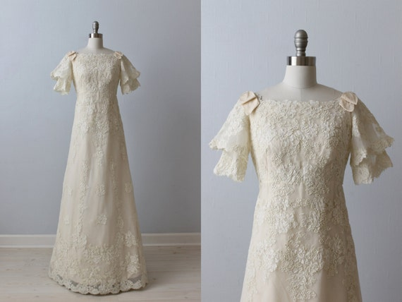 1970s Wedding Dresses / Vintage 70s Wedding Gown / A-Line