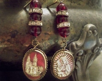 Free ship - Vintage religious earrings - One of a Kind - bycat
