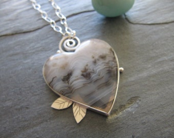 Heart Pendant of Madagascar Agate, Leaves, Curl in Sterling silver