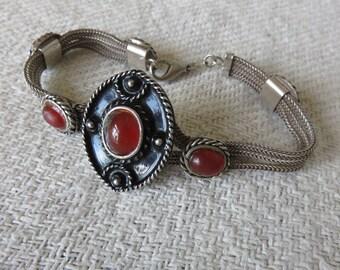 Vintage Silver & Carnelian Bracelet / Ethnic Tribal Boho Chic Eastern Jewelry / Sterling Silver Bracelet / Vintage Chic Jewelry Accessory