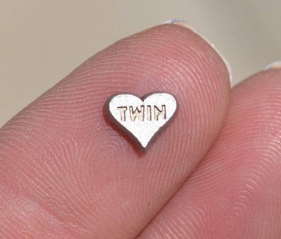 1 Memory Locket Silver Twin Heart Charm Fl470. Png Gold Gold Jewellery. Uae Catalogue Gold Jewellery. Amazing Gold Gold Jewellery. Tamanna Gold Jewellery. Shukki Gold Jewellery. Kathakali Gold Jewellery. Cash Gold Jewellery. Coloured Stone Gold Jewellery